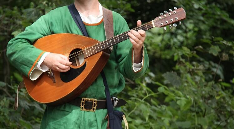 Bard with Lute in Green